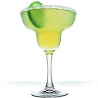Все рейтинги : Топ-10 самых популярных алкогольных коктейлей