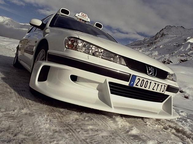 Автомобильные рейтинги : Самый необычный тюнинг авто