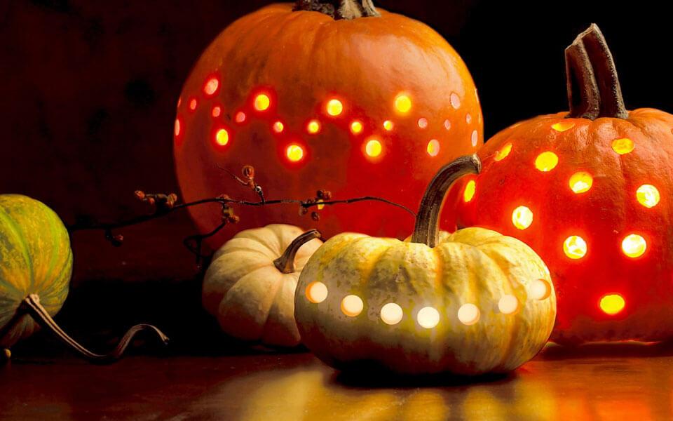 Топ-5 странных историй о традициях Хэллоуина