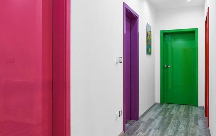 Цветовая гамма межкомнатных дверей