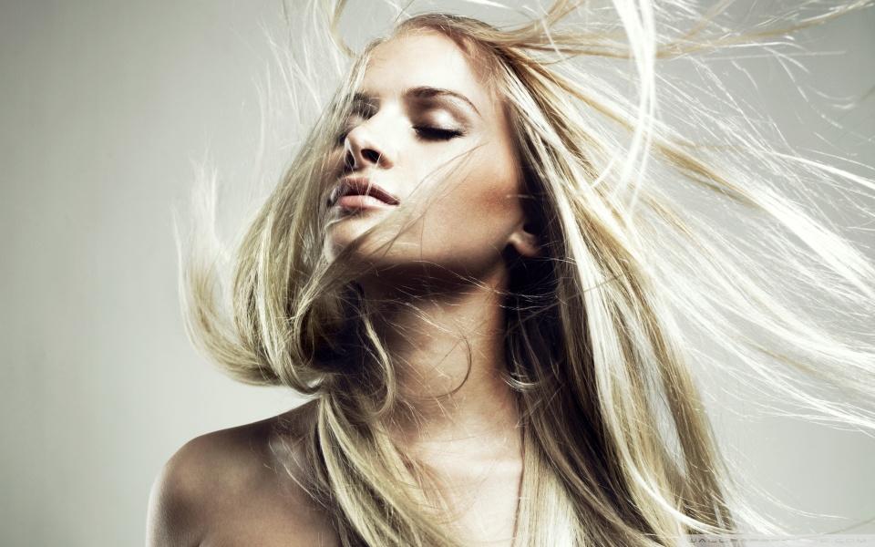 Реклама средства для роста волос