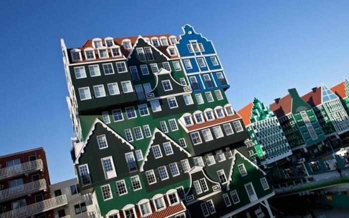 Топ-10 самых уродливых отелей мира (фото)