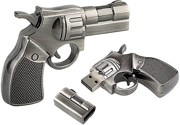 Флешка в виде пистолета