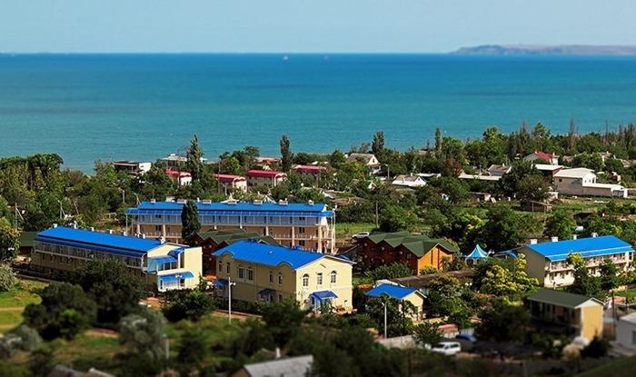 Черноморские курорты – Сочи и Крым