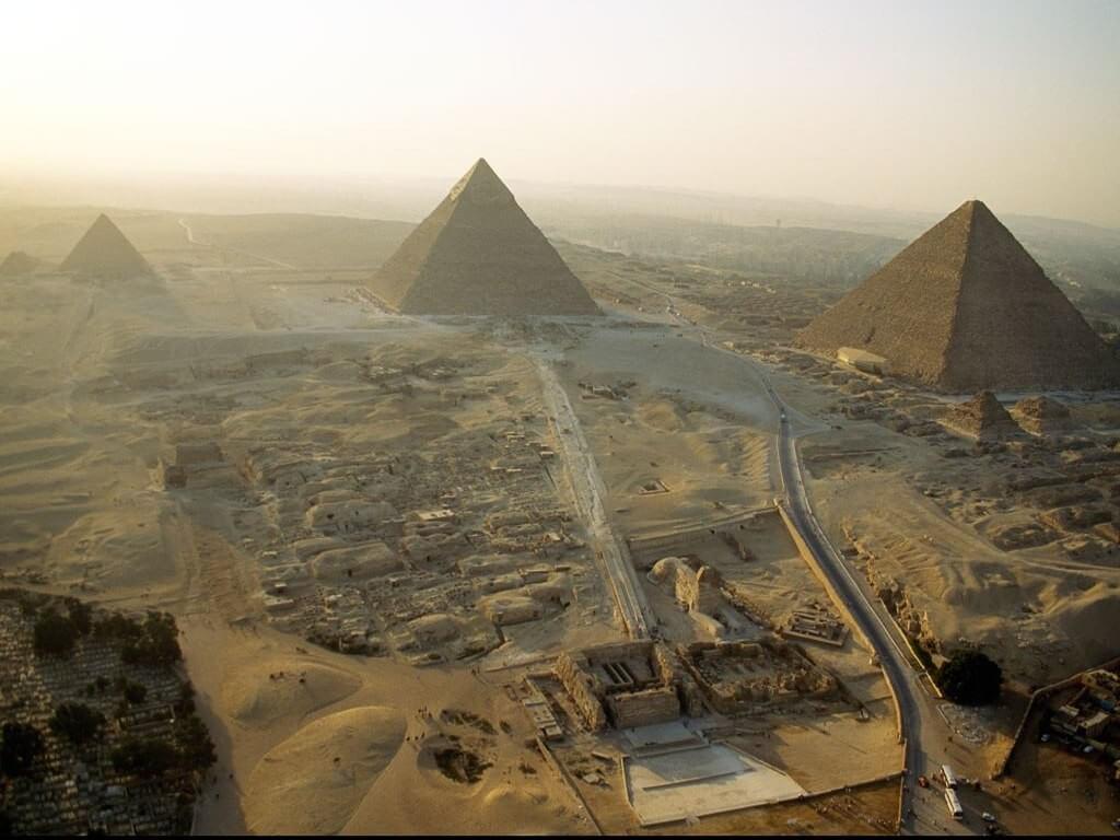 Долина пирамид в Гизе