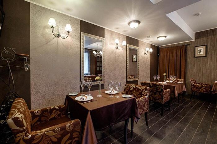 Ресторан «В темноте?!»