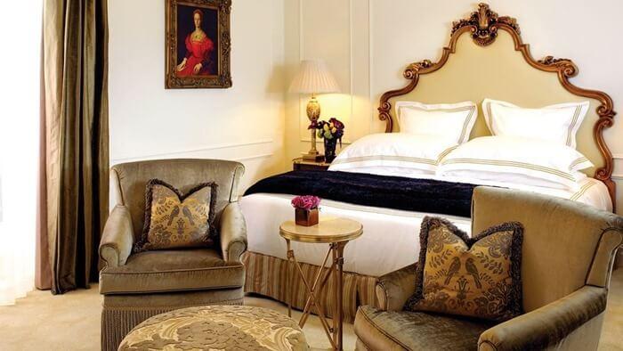 Plaza Hotel – от $30 000