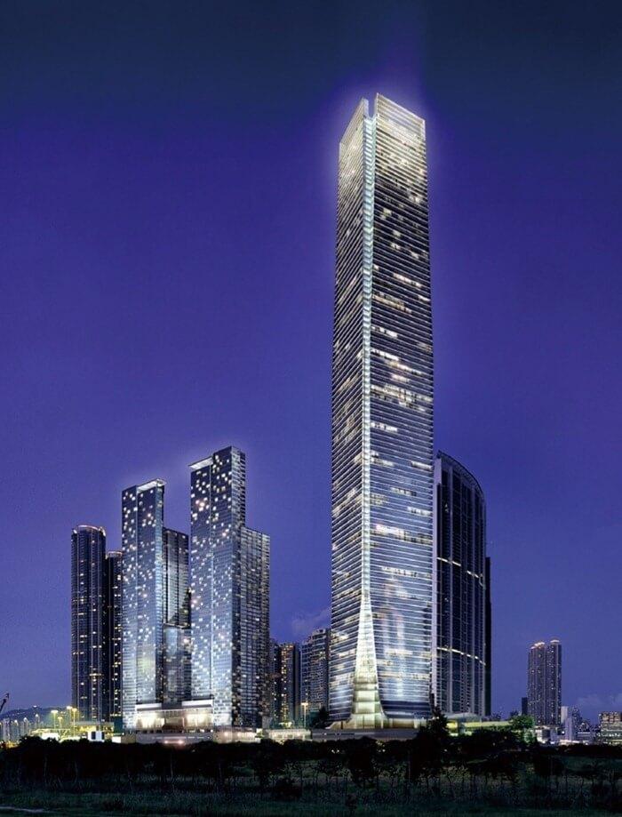 Международный коммерческий центр – 484 метра