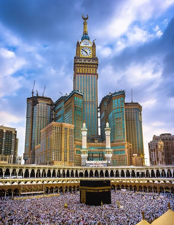 Королевская часовая башня – 601 метр