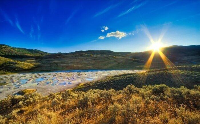 Пятнистое озеро, Британская Колумбия