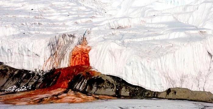 Водопад крови, Антарктика