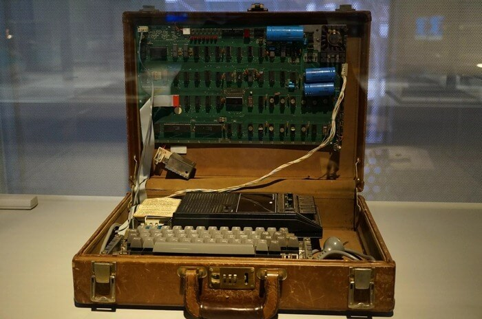 Apple 1 – первый компьютер Apple