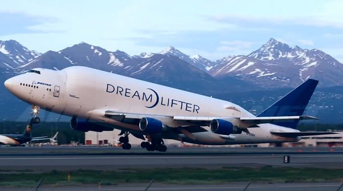 Boeing 747 LCF (Dreamlifter) взлёт