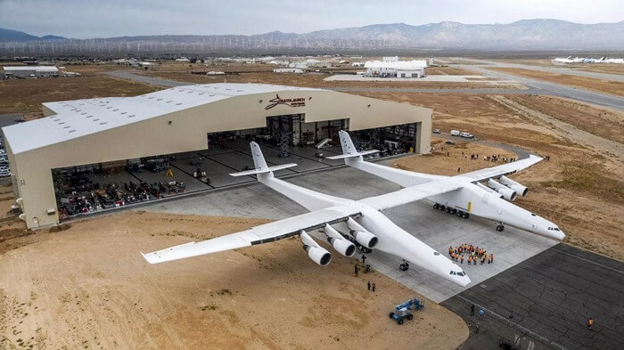 Stratolaunch – самый большой самолёт-носитель