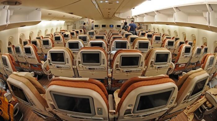 Airbus А380 самый вместительный самолет