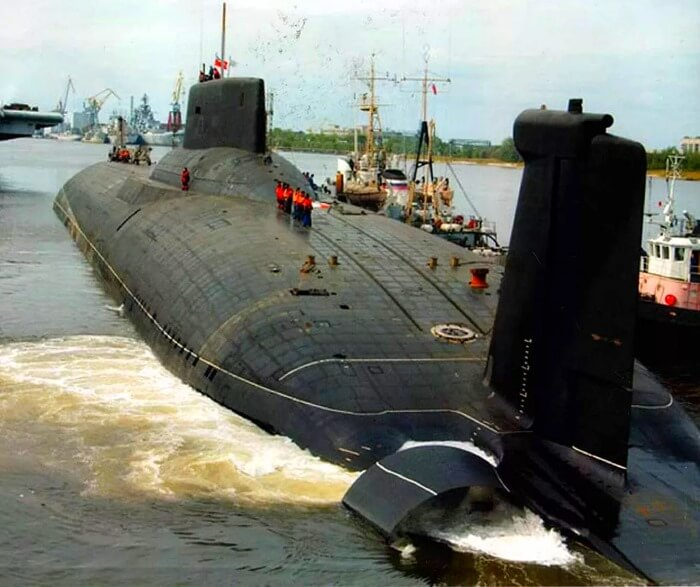 Проект 941 «Акула» самая большая подводная лодка в мире