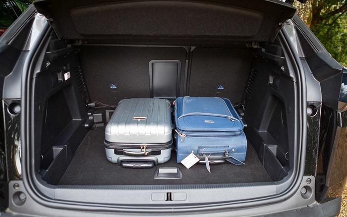 Peugeot 3008 багажное отделение