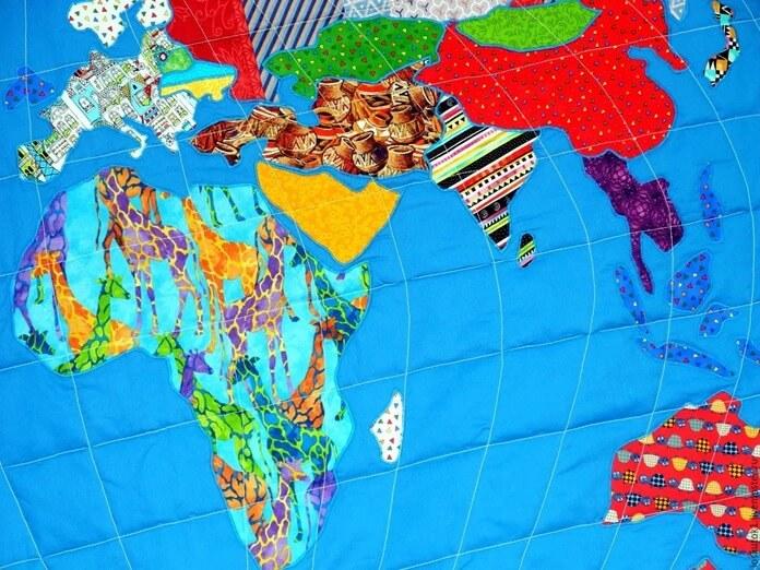 Карта мира на одеяле
