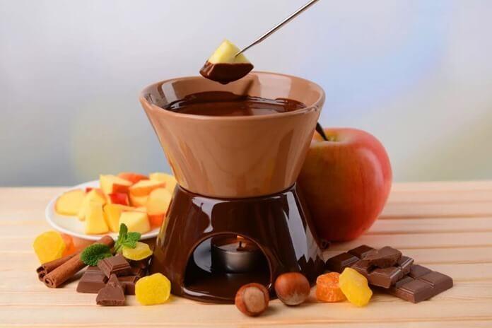 Шоколадное фондю в подарок подруге