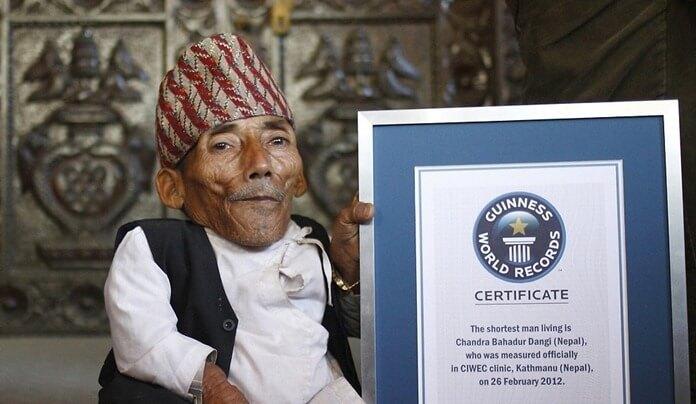 Чандра Бахадур Данги самый маленький человек в мире