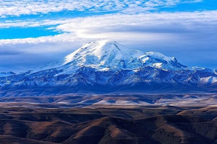Эльбрус - 5642 метра
