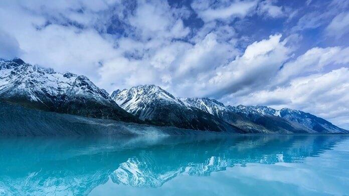 Ледяное озеро Тасман в Новой Зеландии