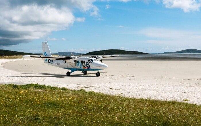 Аэропорт Барра на песчаном пляже
