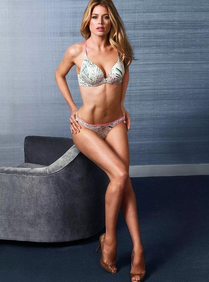Красивые женские ноги Даутцен Крус