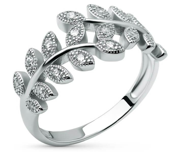 Серебряное ювелирное украшение