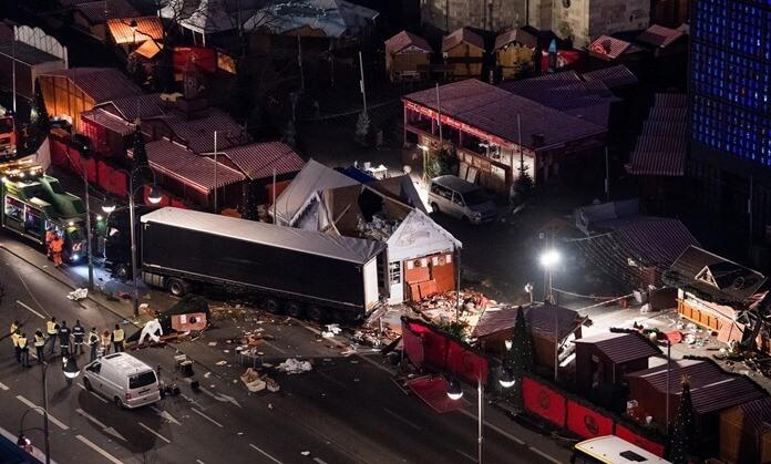 Падение Берлина, совпадение сценария фильма с реальными событиями