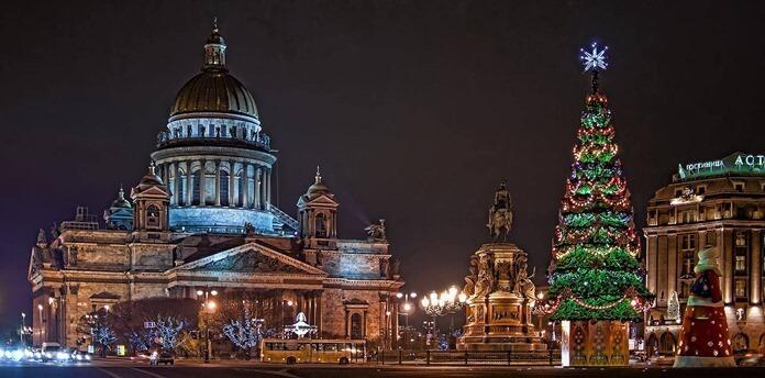 Санкт-Петербург, Новый год 2021