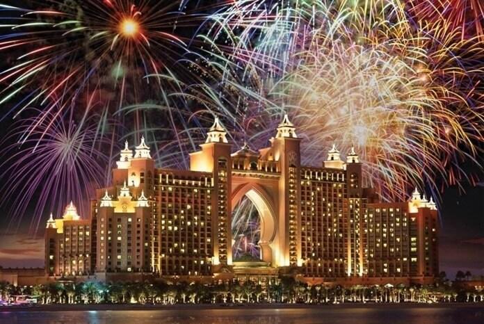 ОАЭ встреча Нового года 2021