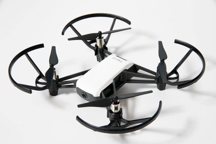 Ryze Tech Tello классный мини квадрокоптер для новичка