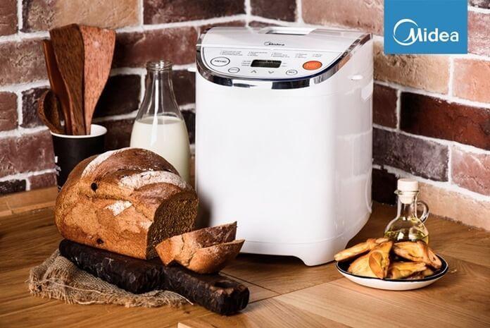 Недорогая хлебопечка Midea EHS20Q3 открывает рейтинг