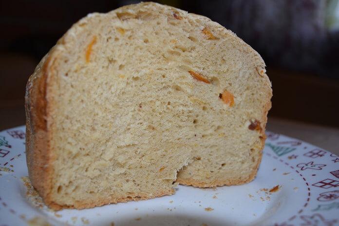Сладкий хлеб с начинкой