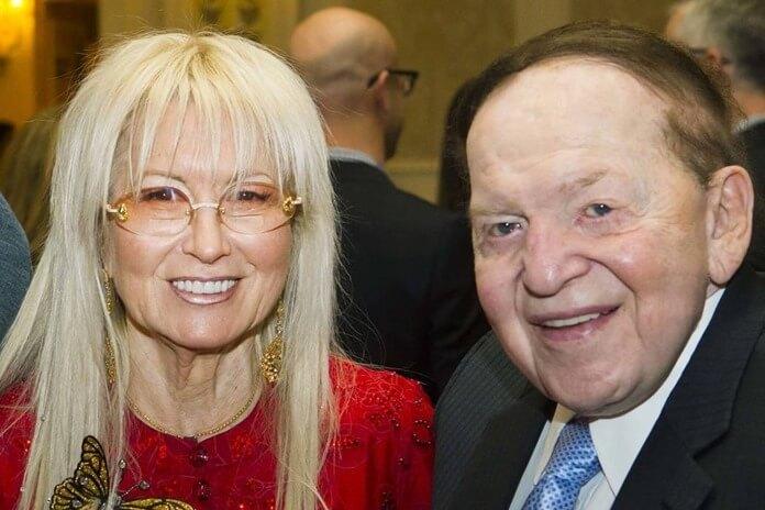 Мириам Адельсон (Слева)