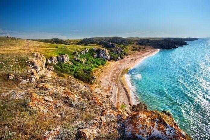 Дикие пляжи Азовского моря в Крыму